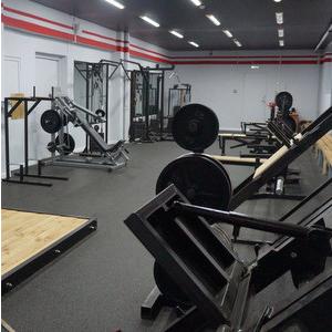На кафедре физического воспитания открылся новый тренажерный зал