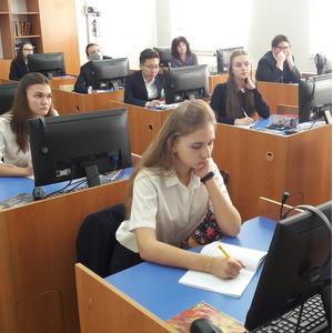 Самарские специалисты рассказали казахским школьникам о перспективах инженерных профессий