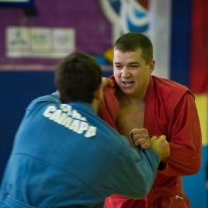 Имя Михаила Чикина продолжает собирать в Самаре сильнейших самбистов России