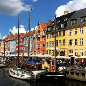 Дания приглашает на учебу российских студентов и аспирантов