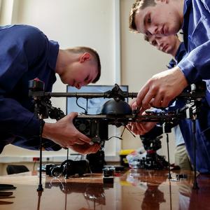 """Ученые Самарского университета создали """"летающий"""" газохроматограф"""