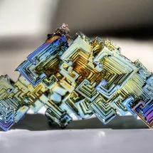 Ученые создали универсальную модель роста кристаллов