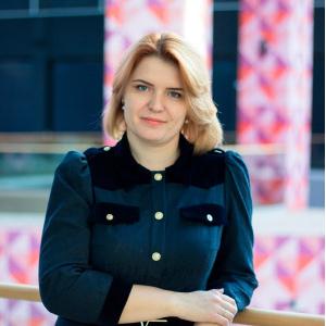 Любовь Выборнова назначена на должность исполнительного директора института экономики и управления
