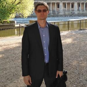Георгий Макарьянц назначен на должность исполнительного директора института авиационной техники