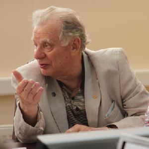 Жорес Алфёров прочитает лекцию