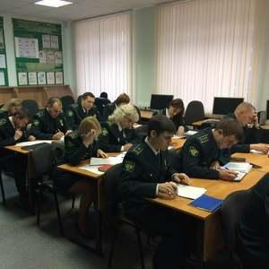 Таможенники изучают английский в Самарском университете