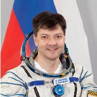 Космонавт Олег Кононенко поздравил участников юношеских научных чтений с Новым годом
