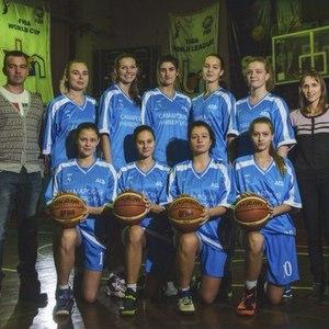 Женская баскетбольная команда приглашает на игры дивизиона