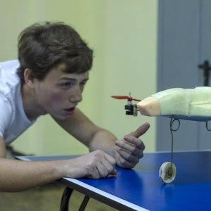 Студент СГАУ создал авиамодель, сочетающую возможности самолёта и трикоптера