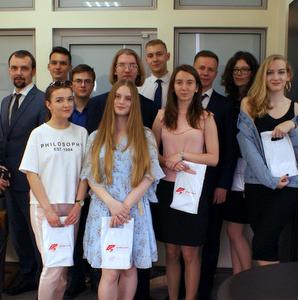 """Десять студентов университета стали выпускниками стипендиального проекта """"Альфа-Шанс"""""""