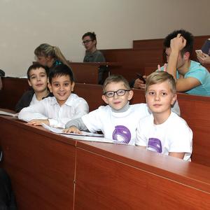 Молодежная аэрокосмическая школа проводит конференцию