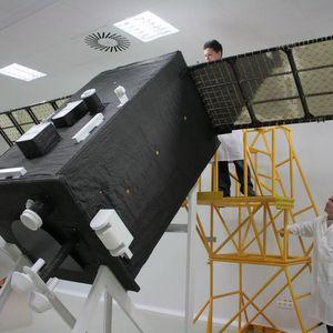 Ученые Самарского университета создали уникальные солнечные батареи для спутников
