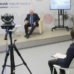 """Президент Самарского университета стал героем проекта """"Сто вопросов к взрослому"""""""