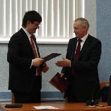 Подписано соглашение о сотрудничестве СГАУ и ОАО «Российская электроника»