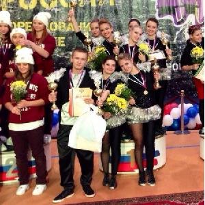 Обе команды СГАУ по фитнес-аэробике оказались в числе призеров