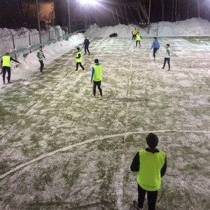 В СГАУ состоялся товарищеский матч по футболу между командами юридического факультета