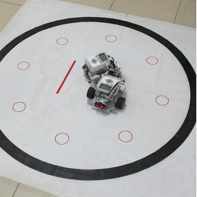 В Самарском университете состоялась битва роботов