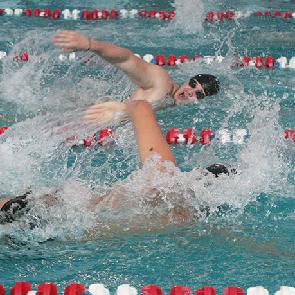 В СГАУ состоялись соревнования по плаванию на Приз первокурсника