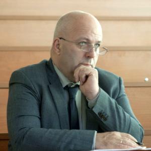 Профессор Дэйвид Кэмпбелл принял курсовые проекты у студентов СГАУ