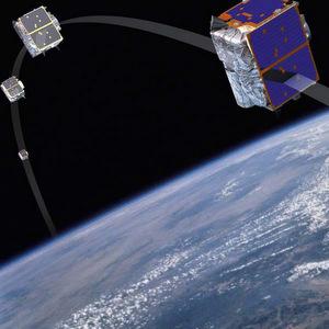Развернуть сеть микроспутников в космосе