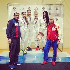 Шпажистки Даниела и Виолетта Храпины стали золотыми призерами