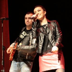 Состоялось второе шоу вокалистов «Две звезды»