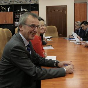 СГАУ и Schneider Electric развивают сотрудничество в исследовательской и образовательной сферах