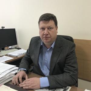 Исполнительным директором института экономики и управления назначен Дмитрий Иванов