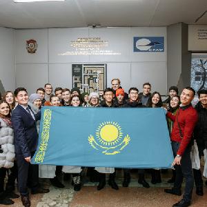 Казахстанские школьники познакомились с лабораториями Самарского университета