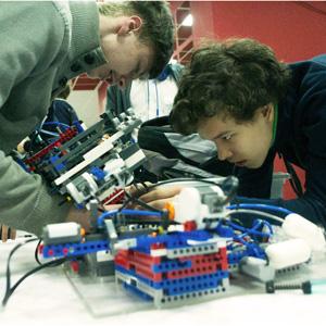 «Робофест-Приволжье» объединил около 400 юных изобретателей