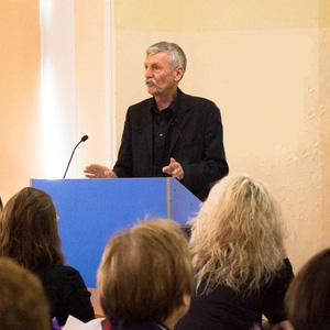 Рeймонд Мёрфи рассказал в СГАУ об особенностях английской грамматики