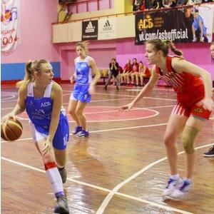 Баскетболистки досрочно вышли в финал дивизиона