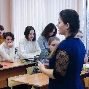"""""""Учитель года"""" поделилась опытом """"современного учительства"""" состудентами"""