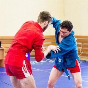 Девять медалей забрали самбисты Самарского университета на кубке СамГМУ