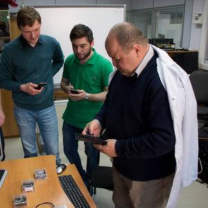 Ученые Самарского и Крымского университетов нашли способ организации мобильной связи без базовых станций