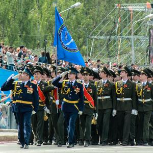 Самарский университет принял участие в Параде Победы