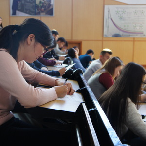 Школьников и студентов Казахстана пригласили поступать в Самару
