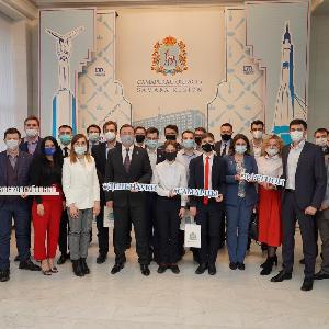 Дмитрий Азаров обсудил с молодыми учеными инновационное будущее губернии