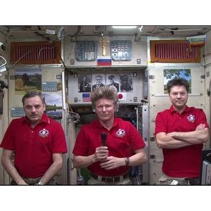 Самарские космонавты поздравили студентов с Днём знаний