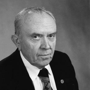 Профессор Иванов – ученый и педагог