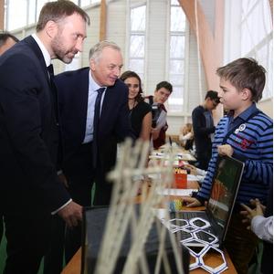 Директор департамента науки и технологий Минобрнауки РФ посетил Самарский университет