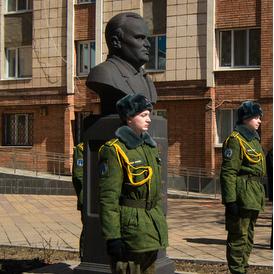 Состоялся торжественный митинг у бюста Сергея Королева