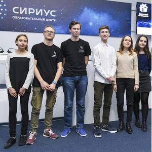 Школьники создали прототип наноспутника под руководством студентов университета